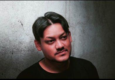 """""""आदिवासी जीवन दर्शन हमारे अस्तित्व के लिए महत्वपूर्ण""""—यूट्यूबर और संगीतकार नीरज कुमार भगत (NKB) से बातचीत"""