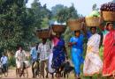 """""""बाज़ार न बंद है, जंगल तो नहीं"""": कोरोना-लॉक डाउन में आदिवासी समाज"""